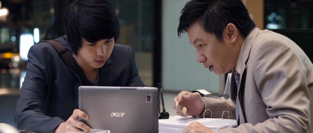 Лучшие фильмы для руководителей - Тинэйджер на миллиард (Top Secret: Wai roon pun lan), 2011